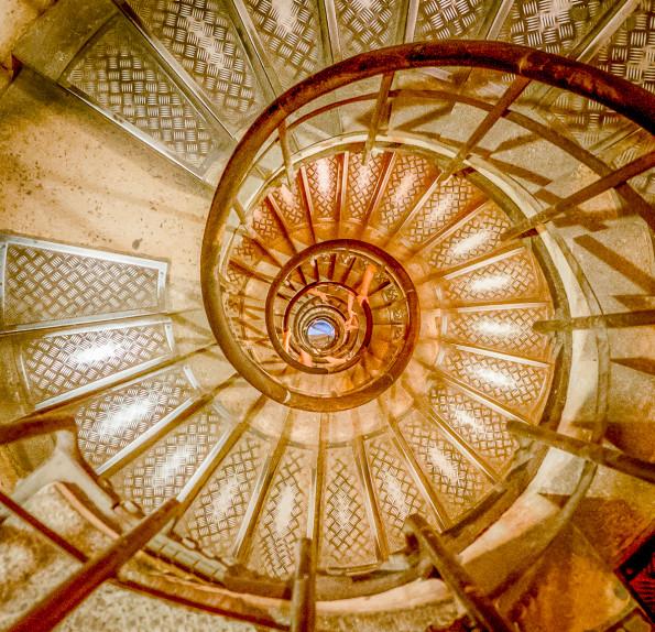 Arc de Triomph staircase