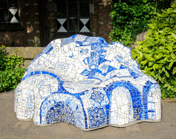 Delft China Bench
